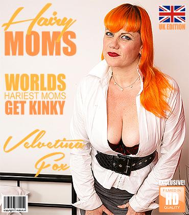 1_Mature.nl_presents_Velvetina_Fox__EU___41__in_British_hairy_mom_playing_with_herself_-_18.09.2017.jpg