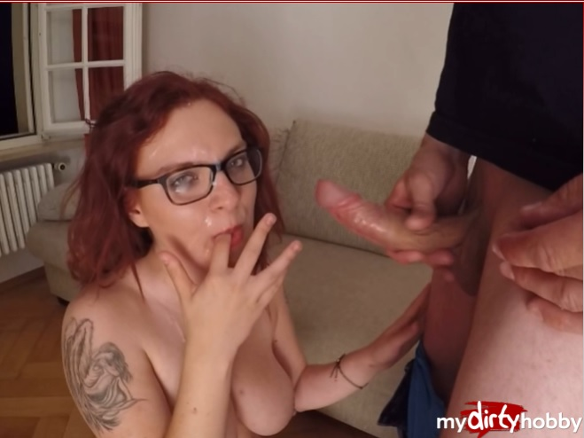 1_Mydirtyhobby_presents_JennyJoy_-_Usertreff_-_Er_spritzt_auf_meine_Brille_-_He_squirts_on_my_glasses_.jpg