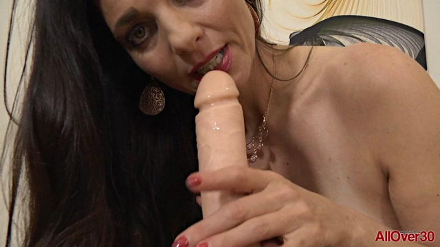 Allover30_presents_Mindi_Mink_48_years_old_Ladies_with_Toys_-_25.09.2017.mp4.00011.jpg