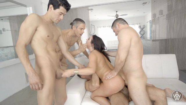 AngelaWhite_presents_Angela_White_DAP_2.mp4.00006.jpg