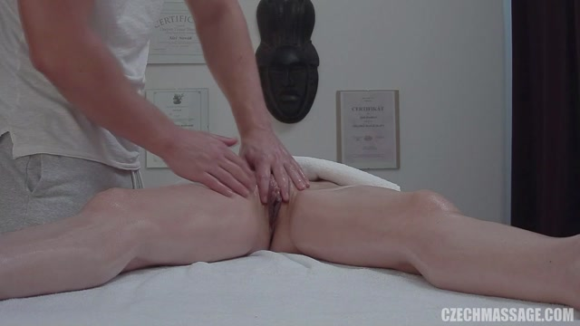 CzechAV_-_CzechMassage_presents_Czech_Massage_366_-_14.09.2017.mp4.00007.jpg