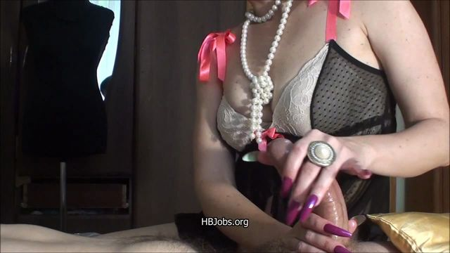 Watch Online Porn – HJ Goddess TEASE presents HandJob Cum on her nails (MP4, HD, 1280×720)