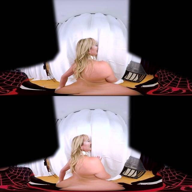 Hologirlsvr_presents_Brett_Rossi__J_Rose_in_The_Sexfire_Club__Emma_Frost_Parody_-_28.09.2017.mp4.00013.jpg