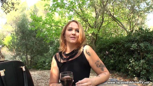 Watch Online Porn – JacquieEtMichelTV presents Sarah repousse ses limites – 14.09.2017 (MP4, SD, 852×480)