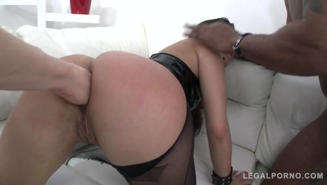 LegalPorno_presents_Cindy_Loarn_in_rough_4on1_with_double_anal_SZ1273_-_29.09.2017.mp4.00002.jpg