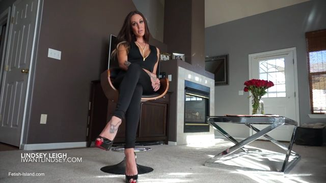 Lindsey_Leigh_Addiction_in_Wait_For_His_Cum.mp4.00003.jpg
