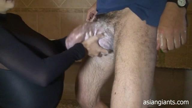 Watch Free Porno Online – Mega Titty Thai Girl Sucking Giant Cock (AVI, HD, 1280×720)