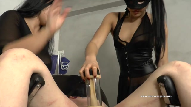 Watch Online Porn – Mistress Gaia in Milking Machine – Impotent Slave Tormented (MP4, HD, 1280×720)