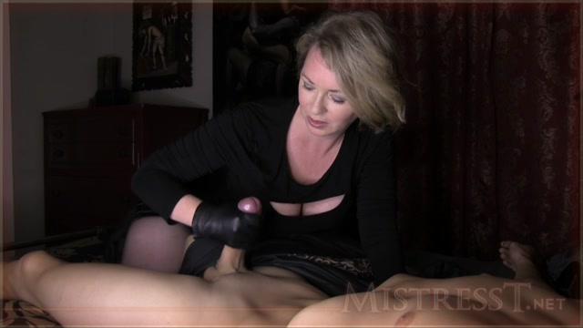 Watch Online Porn – Mistress T in Gloved Criminal Seduction (MP4, HD, 1280×720)