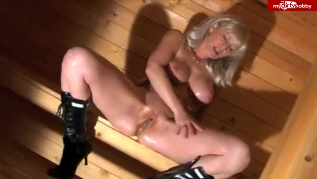 Watch Online Porn – MyDirtyHobby presents Amateur-Blondie – Rein in den Arsch (MP4, SD, 640×362)