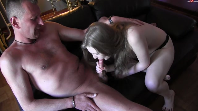 MyDirtyHobby_presents_Amateurstar-Casting_-_Grenzwertig_hart_gefickt_-_BIG_HARD_FUCKED.mp4.00002.jpg