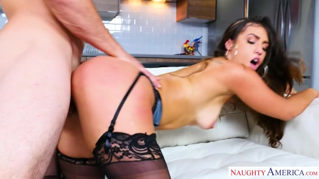Watch Online Porn – NaughtyAmerica – AmericanDaydreams presents Kelsi Monroe 23223 – 15.09.2017 (MP4, SD, 854×480)