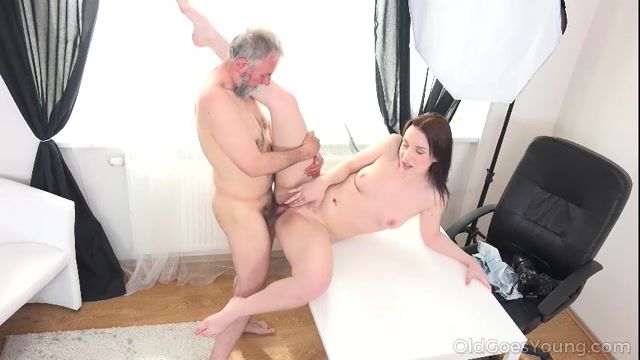 OldGoesYoung_presents_Foxy_Fox_in_Tricky_teacher_shoots_his_dick_moving_inside_a_fresh_brunette_student_-_06.09.2017.mp4.00009.jpg