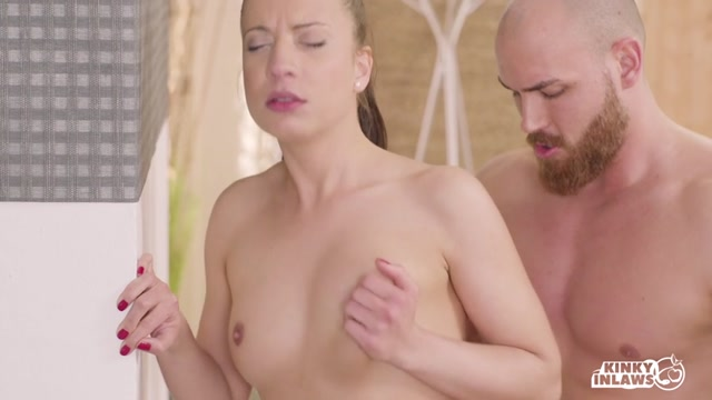 Watch Online Porn – Porndoepremium – KinkyInlaws presents Seductive Therese Bizzare enjoys hot kinky fuck with beefy stepbrother – 20.09.2017 (MP4, SD, 854×480)