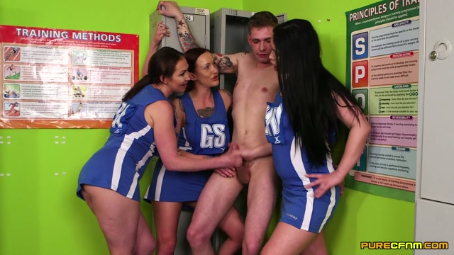Purecfnm_presents_Chantelle_Fox__Hannah_Shaw__Yasmin_Scott_in_Locker_Room_Bullies_-_08.09.2017.mp4.00009.jpg