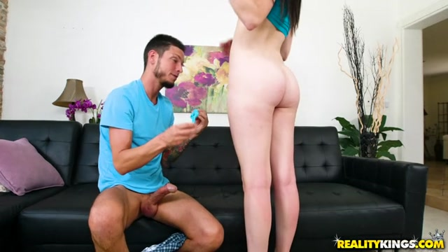 Watch Online Porn – RealityKings – FirstTimeAuditions presents Kinsley Anne in Tramp Tush – 07.09.2017 (MP4, SD, 768×432)