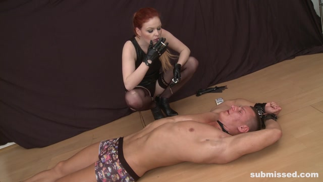 Submissed_presents_Olivia_in_Chubby_dominatrix.mp4.00012.jpg
