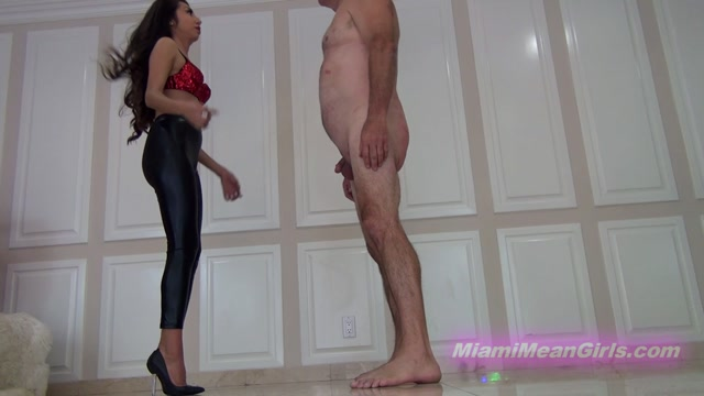 Watch Online Porn – THE MEAN GIRLS presents Empress Jennife, Princess Carmela in Mean Game of Cards (MP4, FullHD, 1920×1080)