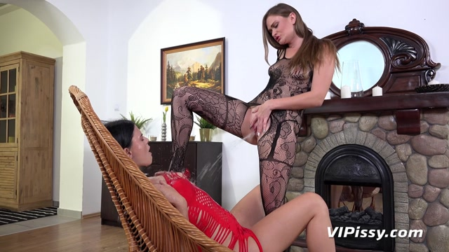 Watch Online Porn – VIPissy presents Alice Nice & Honour May in Soaking Wet Lace – 11.09.2017 (MP4, FullHD, 1920×1080)