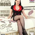 Mature.nl presents Bella Deluxe (EU) (31) in British mom Bella Deluxe playing with herself – 27.10.2017