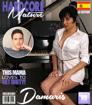 1_Mature.nl_presents_Damaris__36__in_Spanish_hot_mom_doing_her_toyboy_-_11.10.2017.jpg