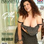 Mature.nl presents Gilly (EU) (51) in British big breasted housewife Gilly fingering herself – 16.10.2017