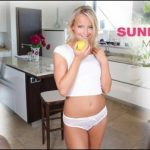 Sexbabesvr presents Victoria Pure in Sunday Morning – 10.10.2017