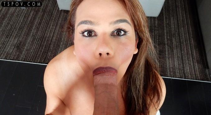 1_Tspov_presents_Claudia_Rosa_in_amateur_latina_TS_enjoys_slobbering_on_the_cock_-_19.10.2017.jpg