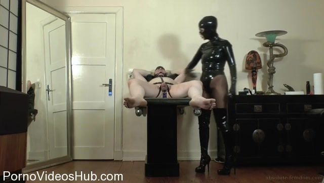 Watch Online Porn – Absolute Femdom in Rubber Domme Milking (MP4, SD, 720×406)