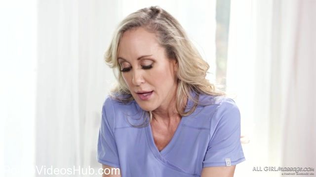 Watch Online Porn – AllGirlMassage presents Brandi Love, Uma Jolie in Teach Me Mom – 30.10.2017 (MP4, FullHD, 1920×1080)