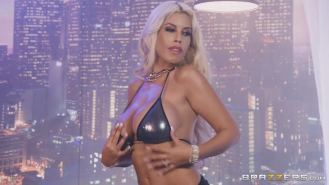 Watch Online Porn – Brazzers – BigButtsLikeItBig presents Bridgette B in Dont Touch Her 6 – 18.10.2017 (MP4, SD, 854×480)