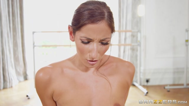 Watch Online Porn – Brazzers – BigWetButts presents Clea Gaultier in The Anal Ballet – 11.10.2017 (MP4, SD, 854×480)