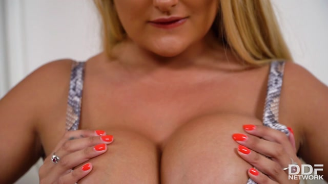 Watch Online Porn – DDFNetwork – DDFBusty presents Katie T. aka Katie Thornton in Mountainous Melons – 22.10.2017 (MP4, FullHD, 1920×1080)