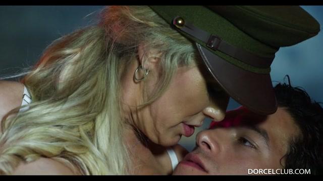 Watch Online Porn – DorcelClub presents Brandi Love, MILF CRAVING – 06.10.2017 (MP4, SD, 960×540)