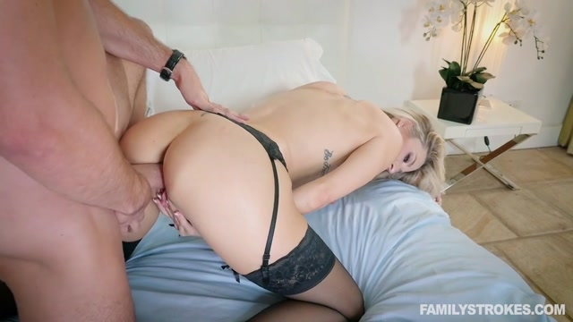 Watch Online Porn – FamilyStrokes presents Blake Morgan in Romantic Family Dinner – 19.10.2017 (MP4, SD, 960×540)