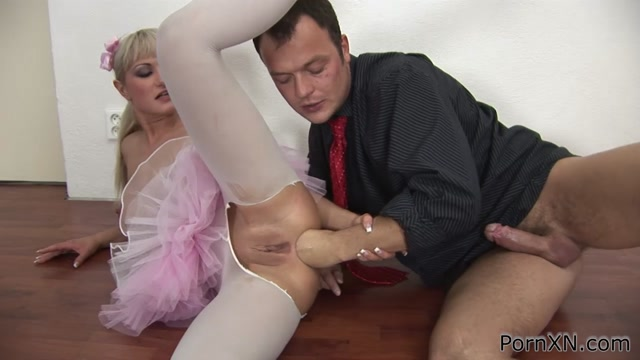 FilthyAndFisting_presents_Anita_Hengher_-_First_Time_Anal_Fisting_For_This_Blonde_Ballerina_Babe.mp4.00015.jpg