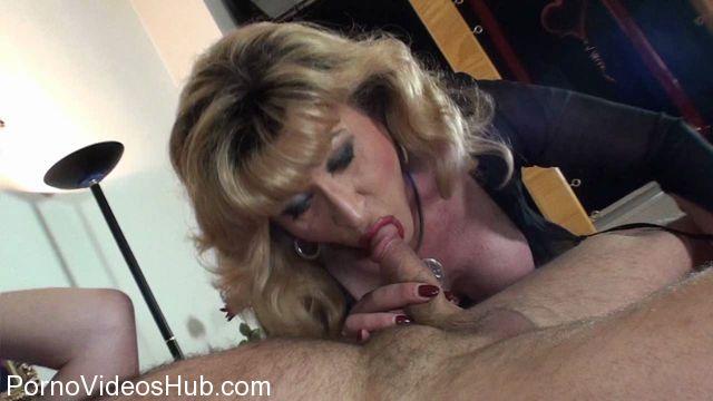 German_TS_Allegra_help_blonde_milf_at_Sexmassage.wmv.00010.jpg