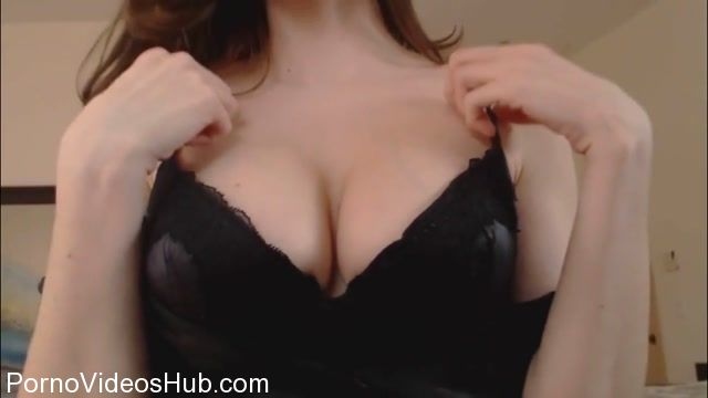 Goddess_Vikki_in_Lost_Forever_Mesmerizing_Breast_Worship.mp4.00015.jpg