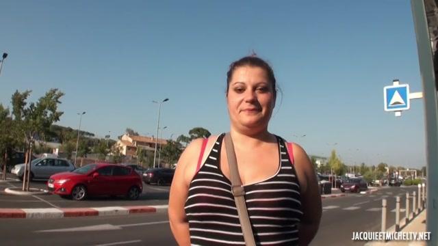 Watch Online Porn – JacquieEtMichelTV presents A Ales avec Laura, 25ans – 01.10.2017 (MP4, SD, 854×480)