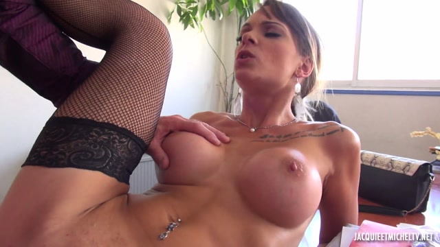 Watch Online Porn – JacquieEtMichelTV presents Tiffany Leiddi in Tiffany soffre un quinqua – 01.10.2017 (MP4, FullHD, 1920×1080)