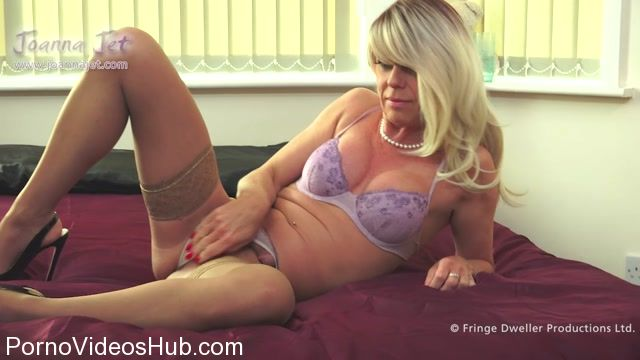 JoannaJet_presents_Joanna_Jet_in_Me_and_You_280_-_Violet_Lingerie_-_27.10.2017.mp4.00001.jpg