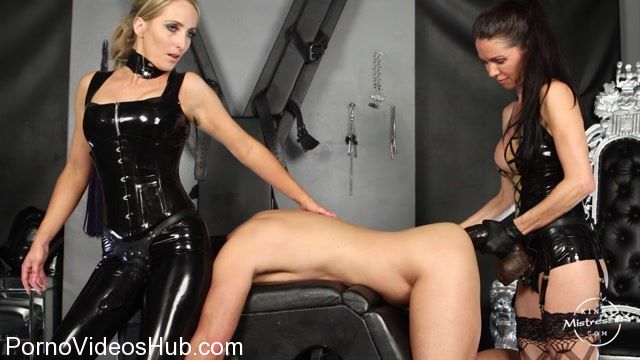 KinkyMistresses_presents_Mistress_Susi__Mistress_Courtney_in_Double_Strap-on_Fuck_With_Courtney.mp4.00010.jpg