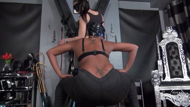 Kinky_Mistresses_-_Jeans_Fetish.mp4.00001.jpg