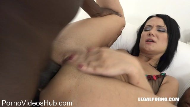 LegalPorno_presents_Angie_Moon_is_back_to_test_two_black_cocks_in_the_ass_IV108_-_30.10.2017.mp4.00013.jpg