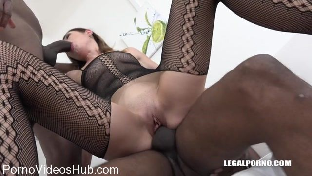 Watch Online Porn – LegalPorno presents Young bitch Jessica Bell goes crazy for black cock IV115 – 27.10.2017 (MP4, SD, 848×480)