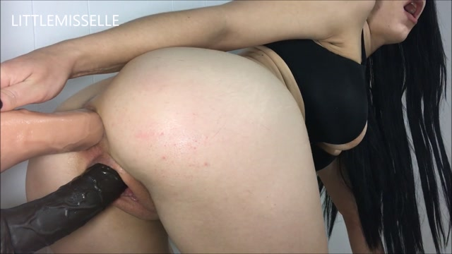 ManyVids_Webcams_Video_presents_Girl_LittleMissElle_in_Soft_DP_Doggystyle_Fuck.mp4.00011.jpg