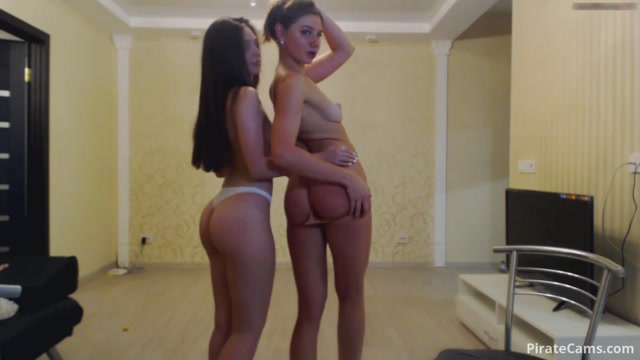 ManyVids_Webcams_Video_presents_Girl_Olivia_Fox_in_Record_with_my_sweet_baby_girl.mp4.00014.jpg