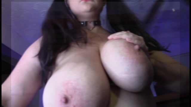 Manyvids_presents_Athena_Blaze_in_Fuck_Me_Daddy.mp4.00008.jpg