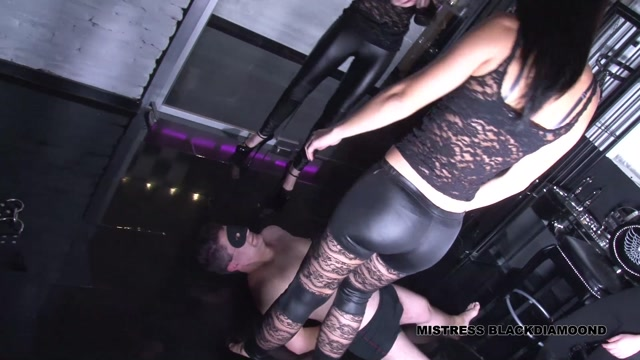 Mistress_Blackdiamoond_in_Ballbusting_with_Three_Ladies.mp4.00012.jpg