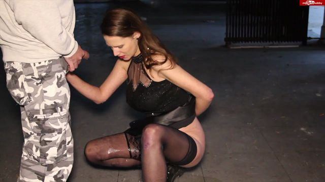 Watch Online Porn – MyDirtyHobby presents Fistingqueen – Pisse in die Mundfotze, Pisse unten raus – Piss in the mouth cunt, piss out below (MP4, HD, 1280×720)
